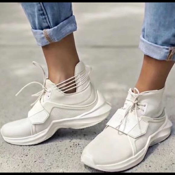 sports shoes d83af 1b1e9 Brand New Fenty Trainer Hi Women's Sneakers NWT
